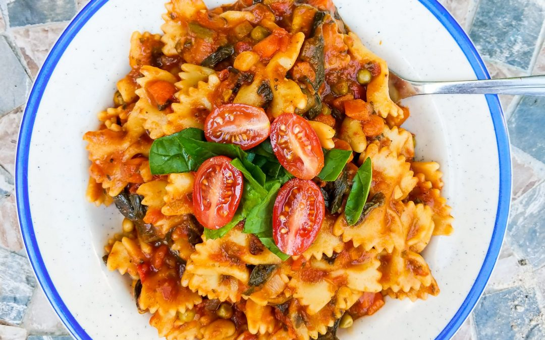 One Pot Pasta: Tomato & Spinach